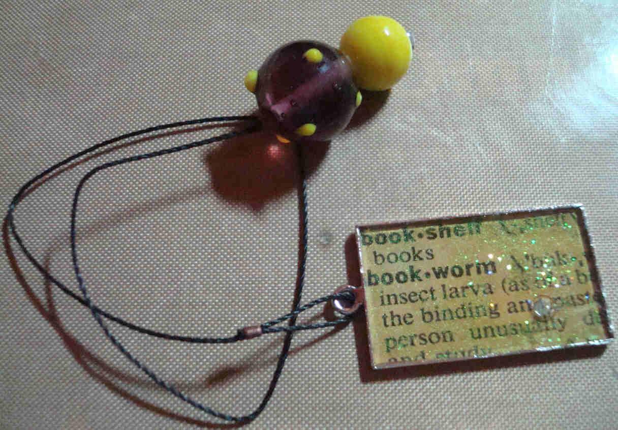Book Thong