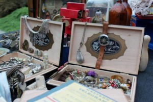 Tons of jewelry, a small compass, lots of keys, a small pulley, small wooden bowling pins, ...