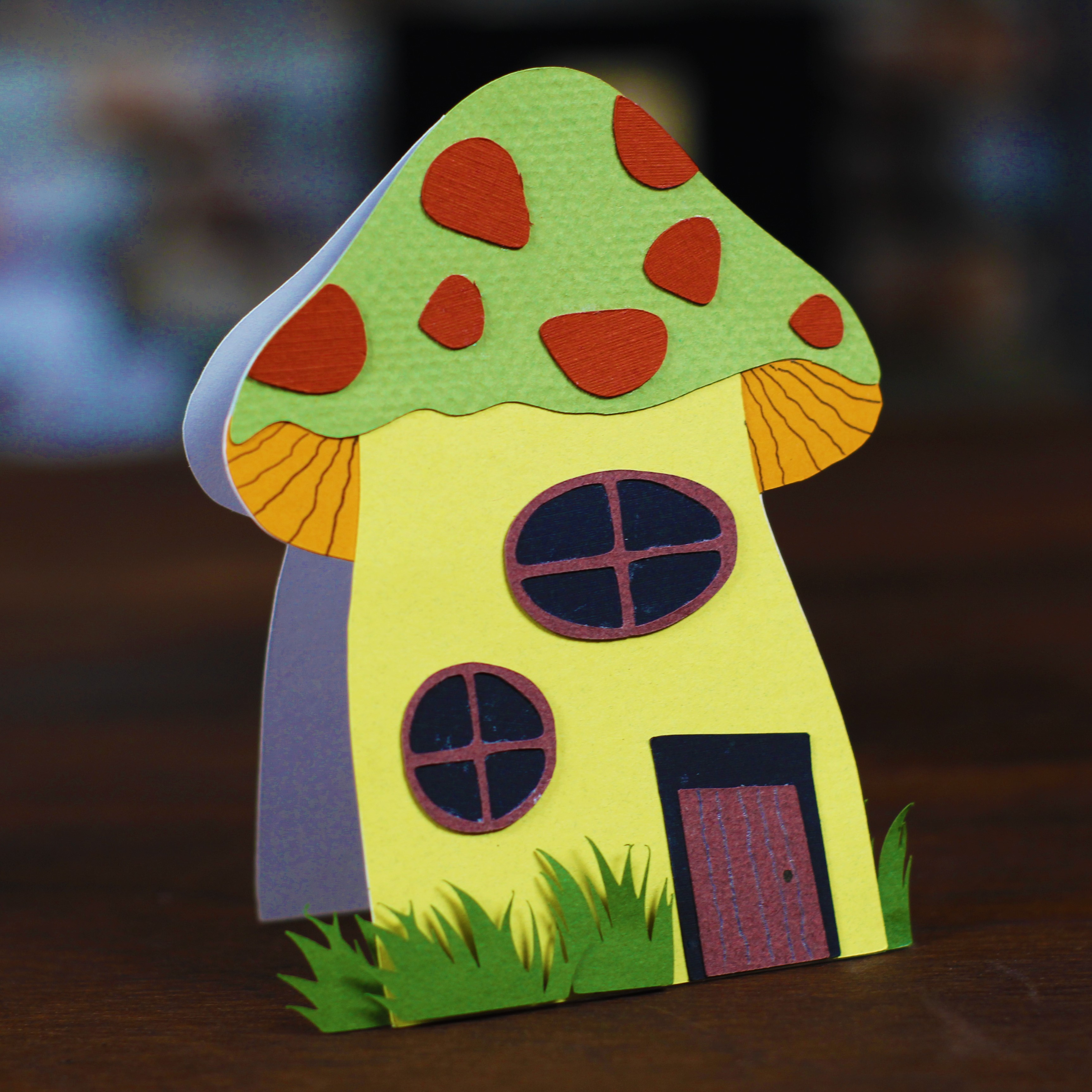 Mushroom House Card – FREE Cut File for the Brother ScanNCut ...